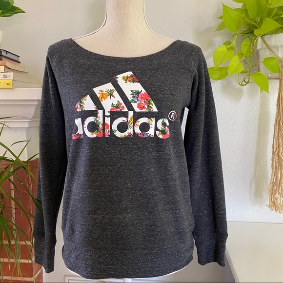 ❌SOLD❌Adidas floral logo pull over S